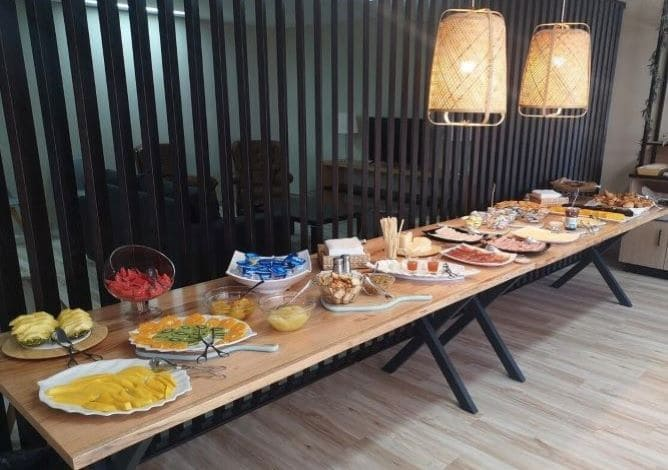 buffet breakfast paraiso douro