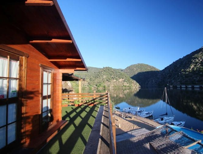 douro yachts chalets bungalows douro
