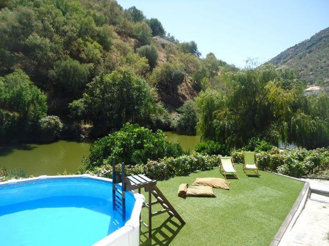 garden pool riacho bungalow