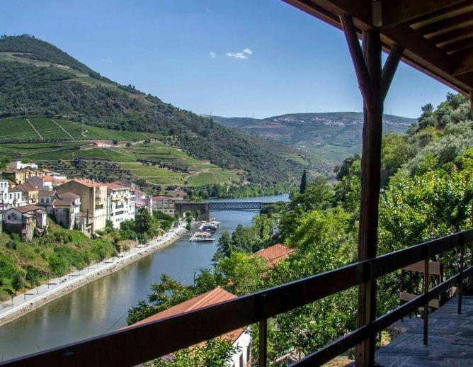vista casa encosta douro valley